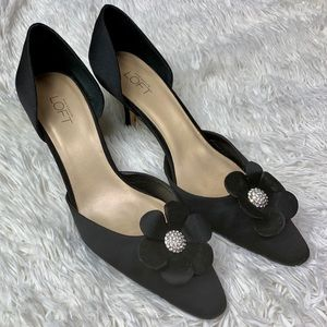 Ann Taylor Loft Embellished Floral Heels 8.5